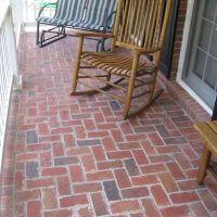brickstoop