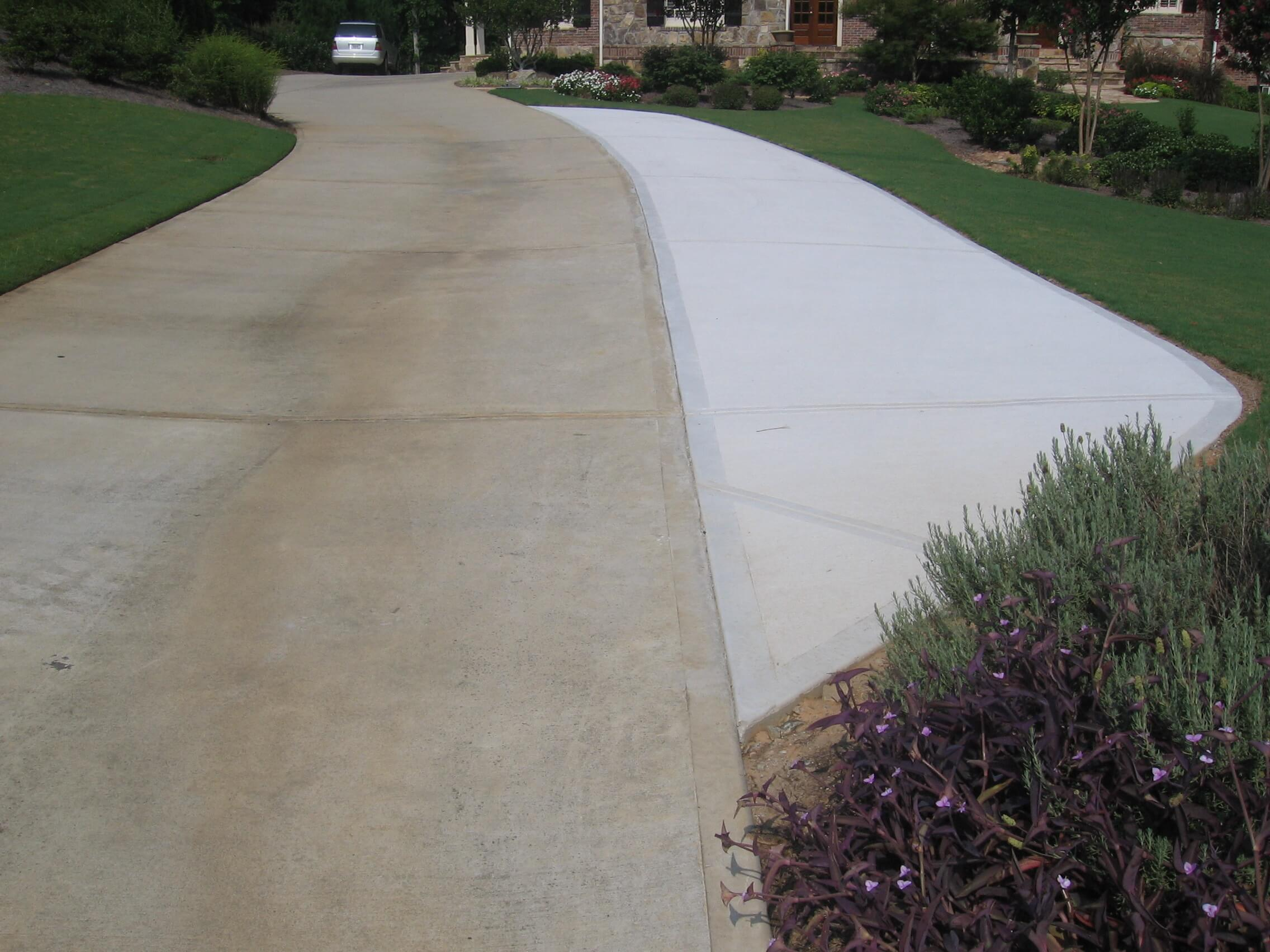 The 10 steps of a new driveway part 1 cm residential for Pouring your own concrete driveway